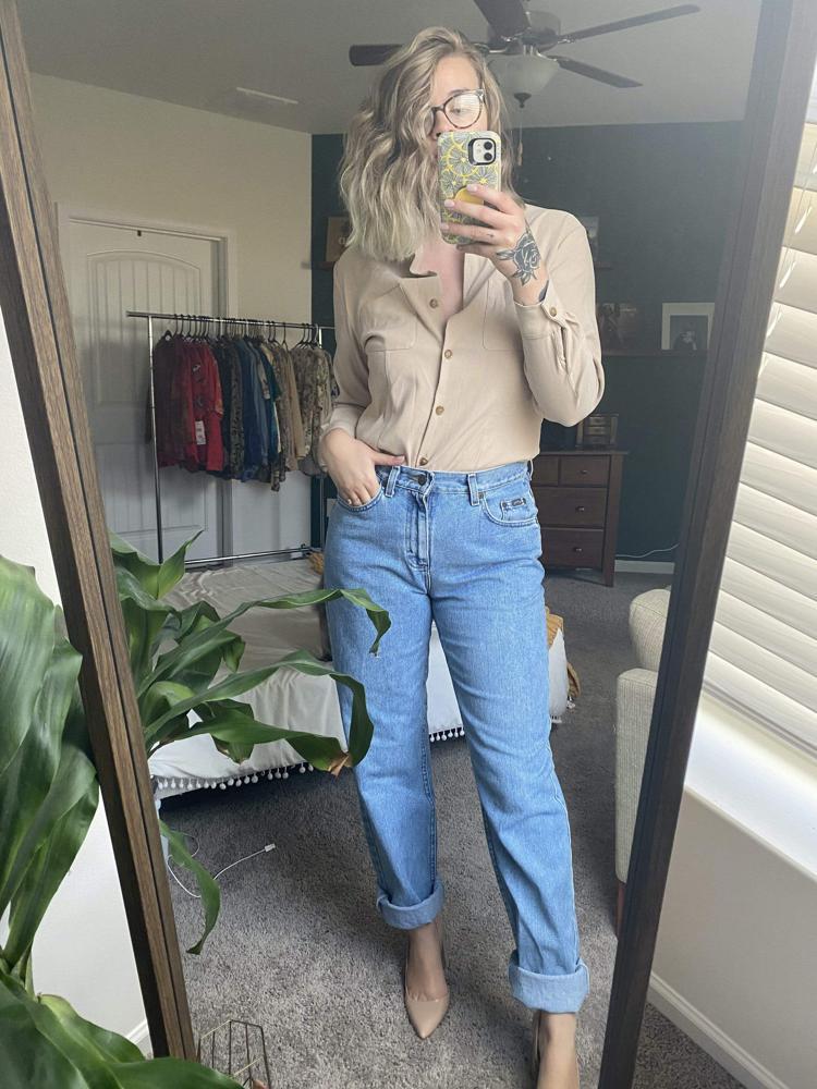 90's Beige Button Up Top