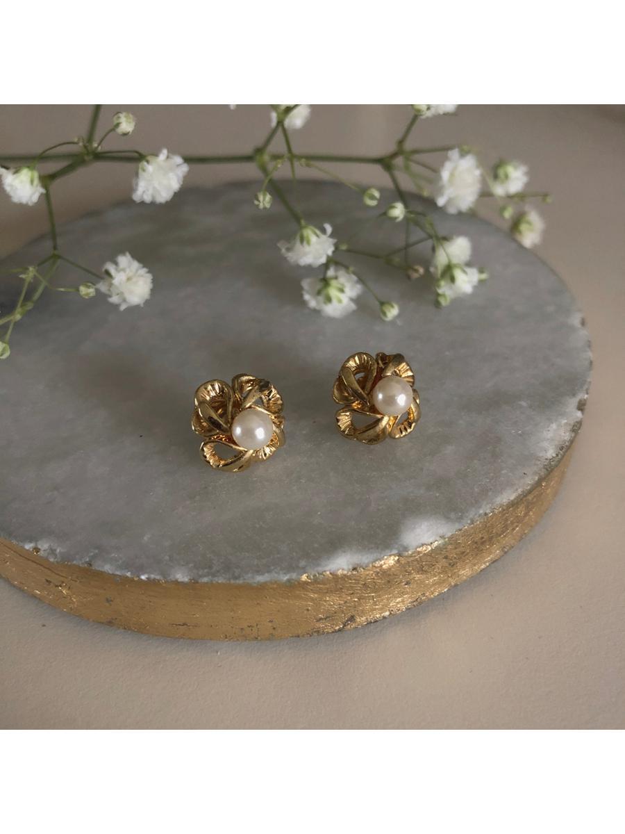 Vintage Pearl Clover Earrings