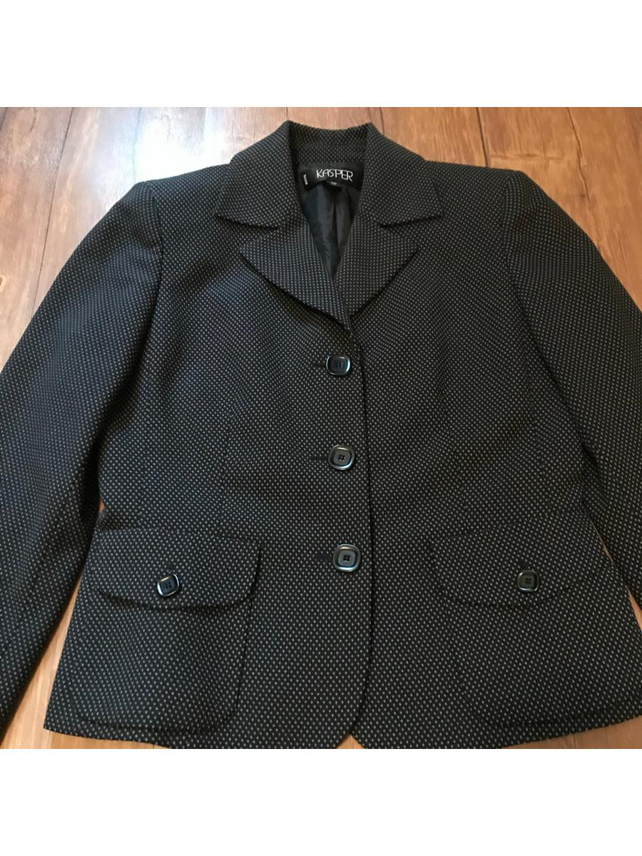 Dotted Blazer   Size 2P   Kaspar