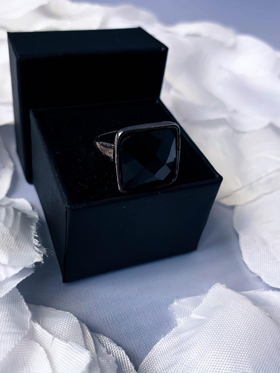 Black Onyx Small Square Ring, Minimalist Cocktail Ring, Costume