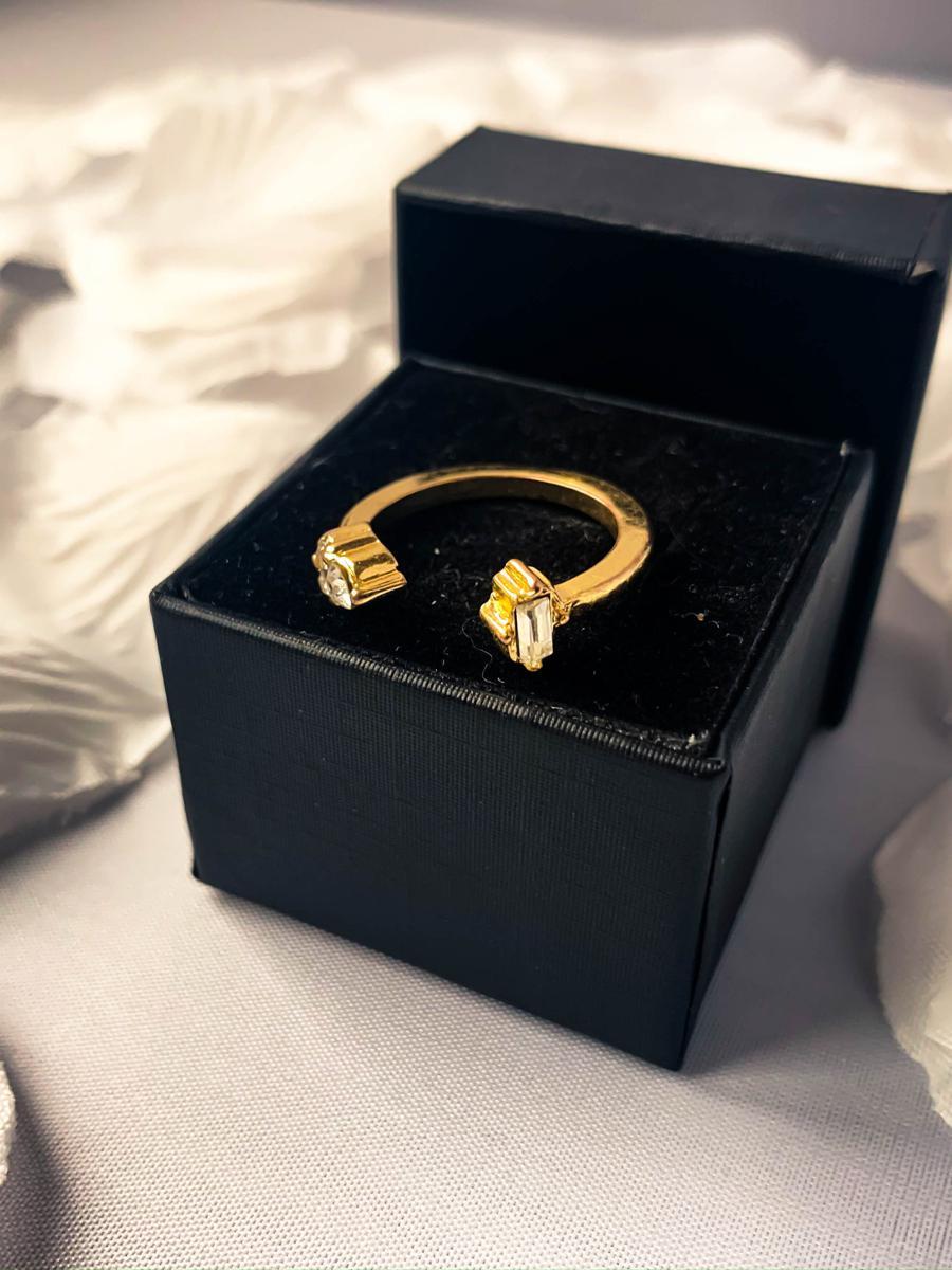 Vintage Gold Tone Rhinestone Band,  Minimalist Anniversary Ring