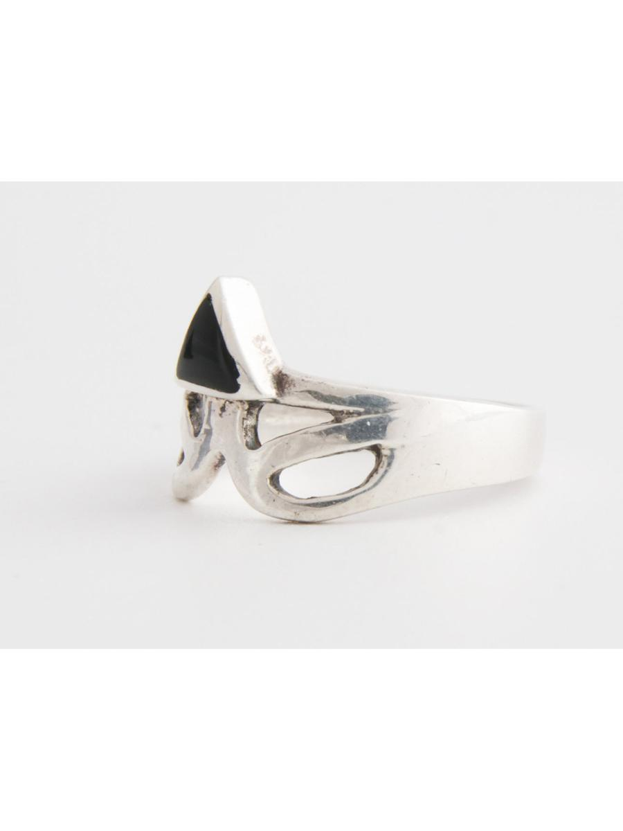 Black onyx ring, Vintage Triangle Onyx and Sterling Silver