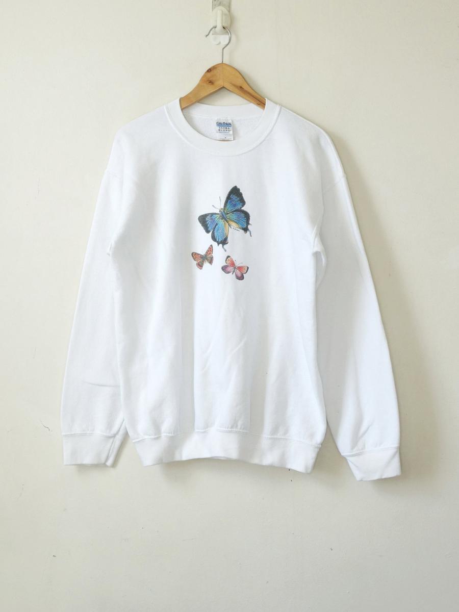 90s Butterflies Sweatshirt - Vintage Animal Sweatshirt - Kitschy